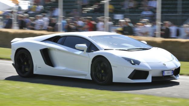 Lamborghini Aventador (Credit: Newspress)