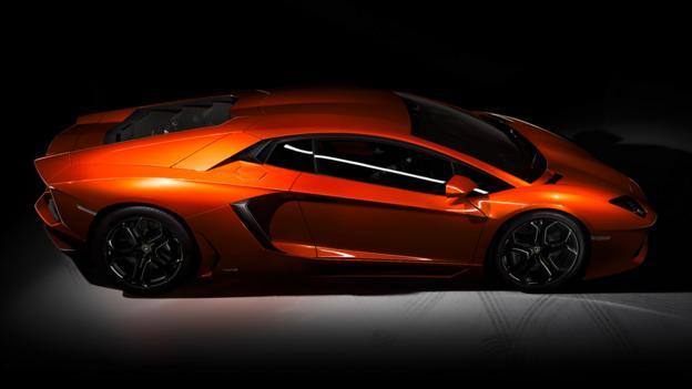 Lamborghini Aventador (Credit: Automobili Lamborghini)