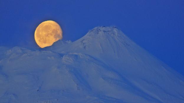 Russian moon (Credit: Igor Shpilenok)