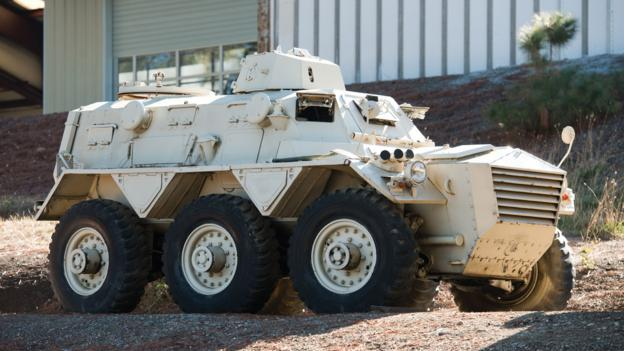 FV603 Saracen Armoured Personnel Carrier (Great Britain)