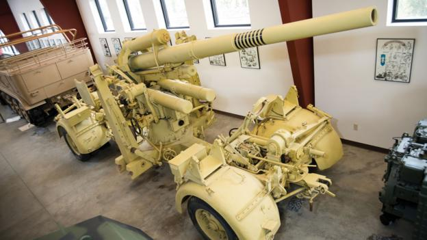 "Flak 36 ""88"" anti-aircraft gun (Germany)"