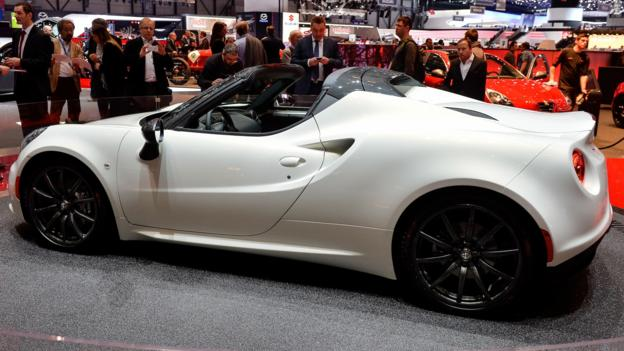 Alfa Romeo 4C Spider (Credit: Newspress)