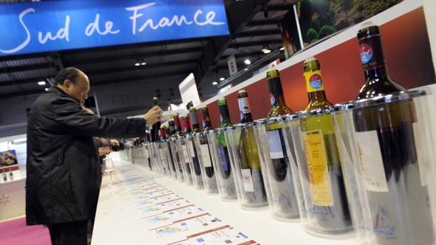 Wine lovers (Credit: AFP/Getty Images)