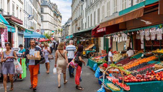Are French farmers' markets falling by the wayside? (Credit: Loic Lagarde/Getty)