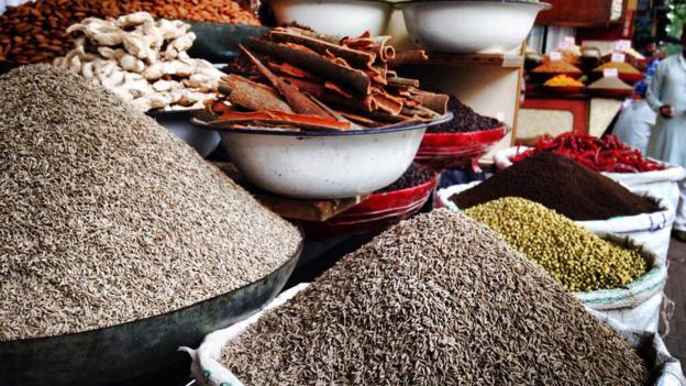 Spices in Delhi (Credit: Jodi Ettenberg)