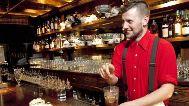 Bartender Jack McGarry makes a mean cocktail (Credit: Andrew Kist/Hanna Lee Communications)