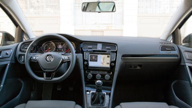 Volkswagen Golf SportWagen Concept (Credit: Volkswagen of America)