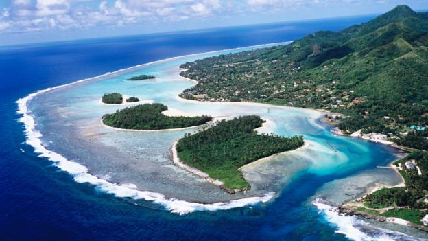 An arial view of Raratonga (Credit: Holger Leue/Getty)