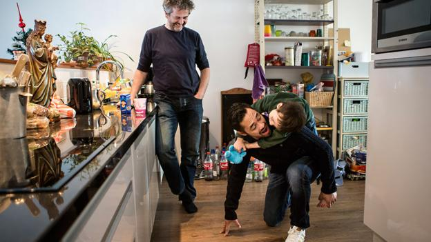 Marlon Linnemann lives in a shared-living space. (Julius Schrank/www.juliusschrank.de)