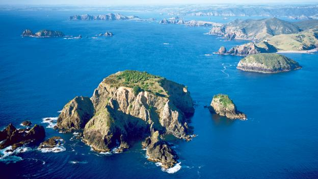 The Cavalli Islands off the coast of Northland (Credit: Kauri Cliffs)