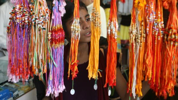 Market shopping in Mumbai (Credit: Pal Pillai/AFP/Getty)