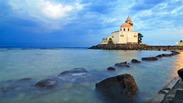 Mosque by the Red Sea (Credit: Jamjoom/Getty)