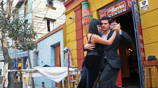 Romance spills onto the streets in Buenos Aires (Credit: Alexander Hassenstein/Getty)