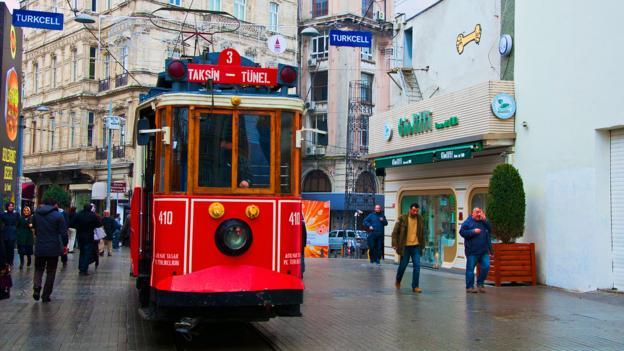 A tram through Taksim (Credit: Amanda Ruggeri)