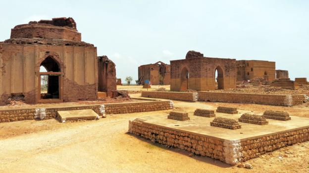 Monuments in the Samma cluster (Credit: Urooj Qureshi)