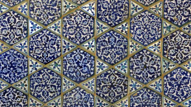 Glazed tiles decorate the inside walls of Mir Sultan Ibrahim's tomb (Credit: Urooj Qureshi)