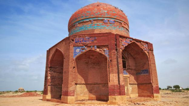 The tomb of Mir Sultan Ibrahim, a ruler of the Tarkhan dynasty (Credit: Urooj Qureshi)