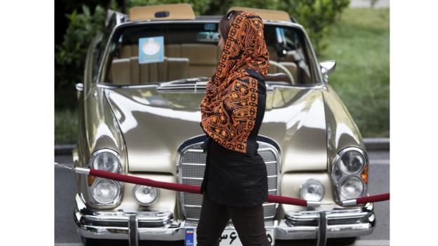 1961 Mercedes-Benz 300 SE convertible (Credit: Behrouz Mehri/AFP/Getty)