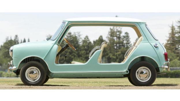 1962 Austin Mini Beach Car (Credit: Pawel Litwinski/Bonhams)