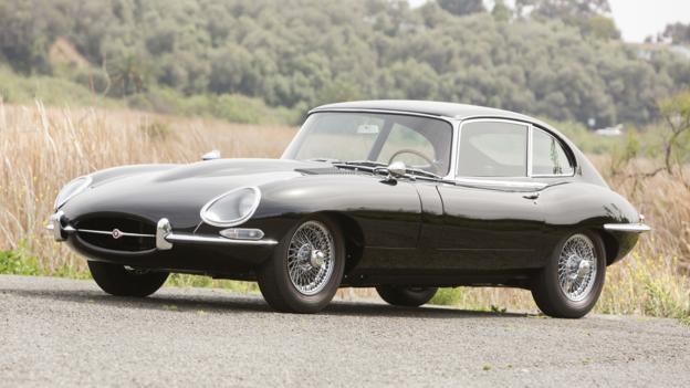 1966 Jaguar E-Type Series I 4.2-Litre 2+2 (Credit: Pawel Litwinski/RM Auctions)
