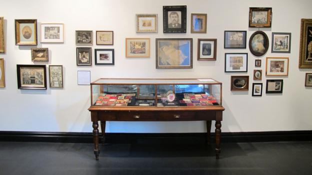 Exhibits at the Morbid Anatomy Museum (Credit: Amy Brader)