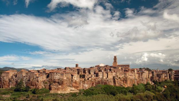 The Tuscan town of Pitigliano (Credit: Audrey Scott)