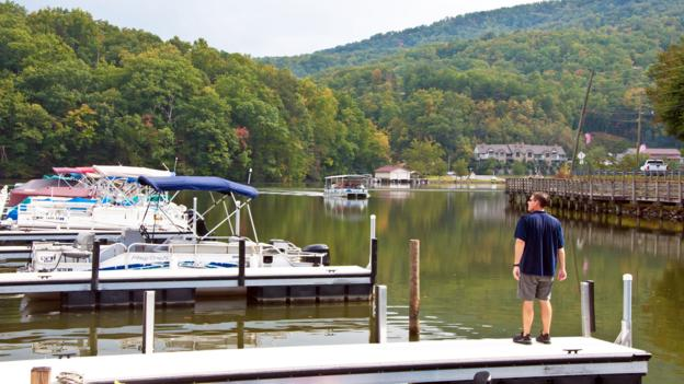 Lake Lure, Dirty Dancing boat tour (Credit: Credit: Amanda Ruggeri)