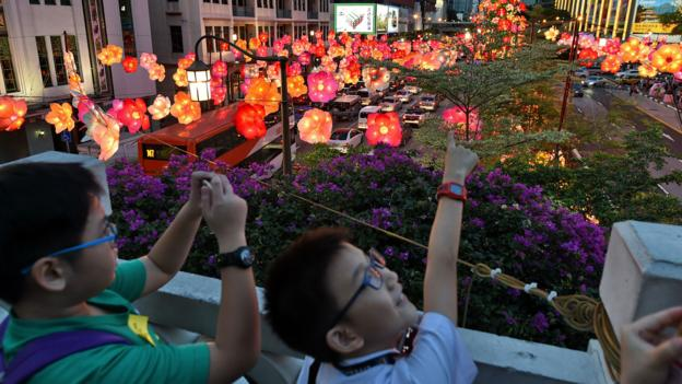 The Mid-Autumn festival in Singapore (Credit: Credit: Roslan Rahman/Getty)