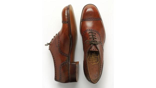 p02v0j87 - Ten shoes that changed the world - Lifestyle, Culture and Arts