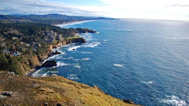 Overlooking Cape Foulweather on Highway 101 (Credit: Credit: Edmund Garman/Cape Foulweather View/Flickr/CC BY 2.0)