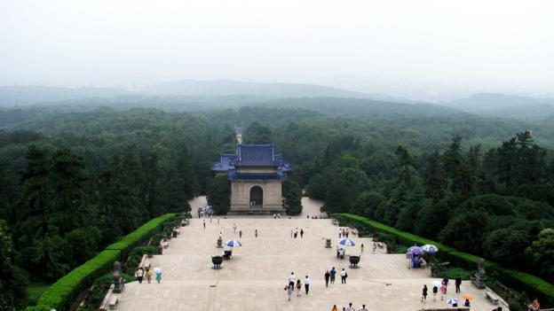 Nanjing's Sun Yat-sen Mausoleum (Credit: Credit: Peter Dowley/Flickr/CC-BY-2.0)