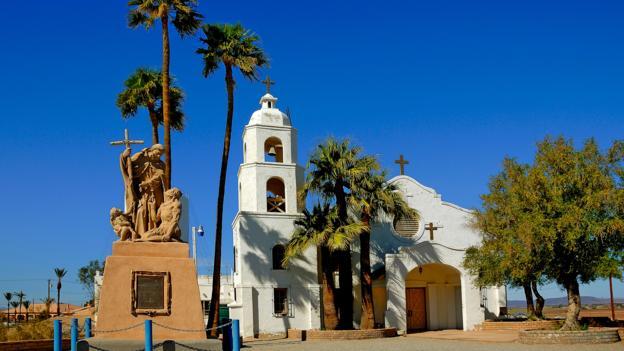 Yuma, Arizona looks convincingly sun-drenched (Credit: Mervyn Rees/Alamy Stock Photo)