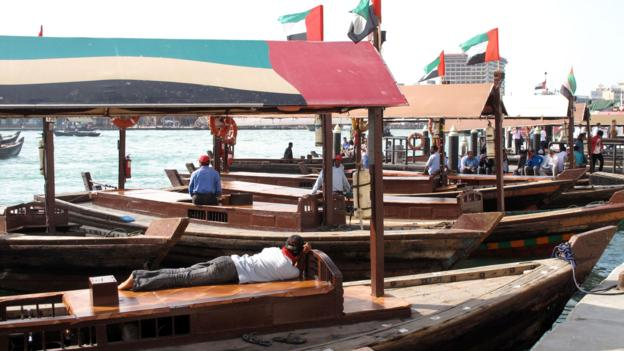 Abras act as water taxis in Old Dubai