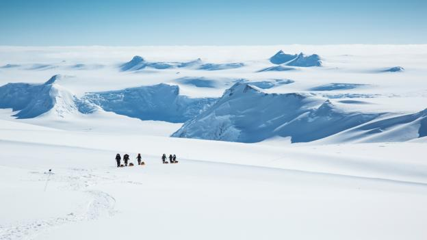 Could we store seawater in Antarctica? (Credit: Peter J. Raymond/Science Photo Library)