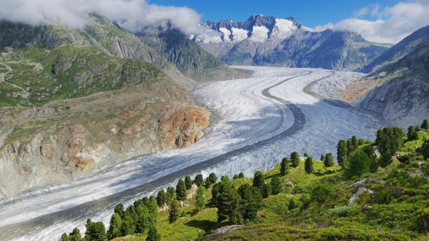 The world's glaciers are melting (Credit: Rolf Nussbaumer Photography/Alamy Stock Photo)
