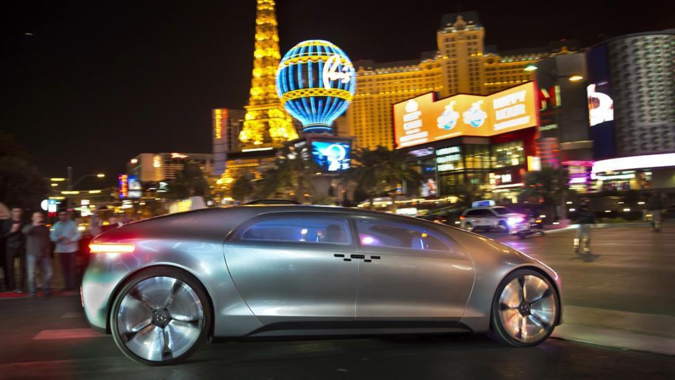 Mercedes F 015 >> BBC - Autos - Best of CES: Mercedes brings lounge act to Las Vegas