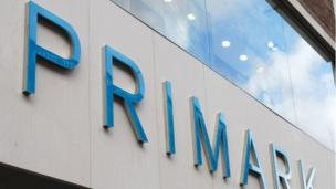Clothing retailer Primark is to open its first US stores, beginning with a 70,000 square-foot shop in Boston.