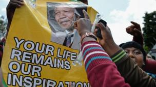 A cortege bearing Nelson Mandela's body will travel through Pretoria for three days ahead of his burial next Sunday, the government says.