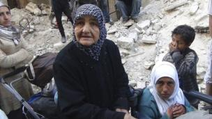 Starvation of civilians is being used as a weapon of war by Syria, Amnesty International says, with 128 dying as a result in Yarmouk camp in Damascus.