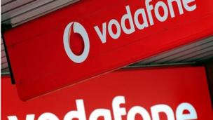 Vodafone agrees to buy Spanish cable operator Ono for 7.2bn euros ($10bn; £6bn), in a deal aimed at expanding its interests in Europe.