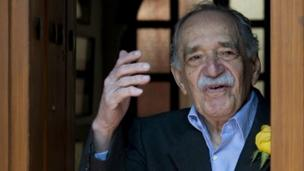 The Nobel prize-winning Colombian author Gabriel Garcia Marquez dies in Mexico aged 87, his family says.