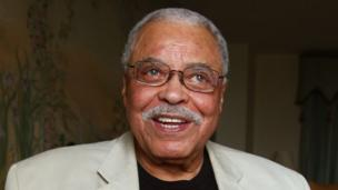Veteran US actor James Earl Jones is to return to Broadway at the age of 83 in You Can't Take It With You, a zany comedy five years his junior.