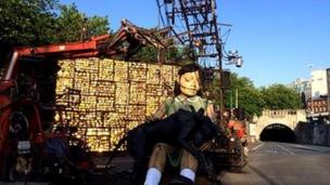 Giant marionettes are back on Liverpool's streets as part of a three-day event commemorating World War One.