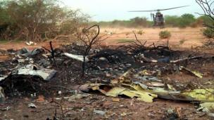 There are no survivors from the Air Algerie AH5017 passenger jet that crashed in Mali, says the French President, Francois Hollande.