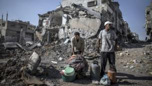 "The UN Security Council calls for an ""immediate and unconditional humanitarian ceasefire"" in Gaza after fighting continued on Sunday."