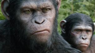 Dawn of the Planet of the Apes has easily held on to the top spot in the UK and Ireland box office in its second week of release.