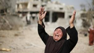 Israeli forces search for a soldier believed captured in fighting that ended a short-lived humanitarian truce in Gaza.