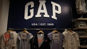 US clothing store Gap is bringing its brand to India with the aim of opening 40 outlets, and will launch the first two stores early next year.