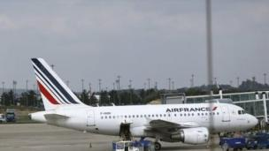 Pilots for Air France begin a week-long strike which will cut more than half of its flights.