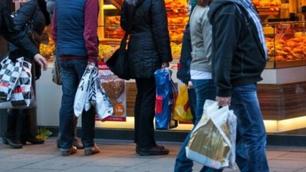 Eurozone retail sales rose for a fourth consecutive month in January, official figures show, indicating the zone's economy may be picking up.